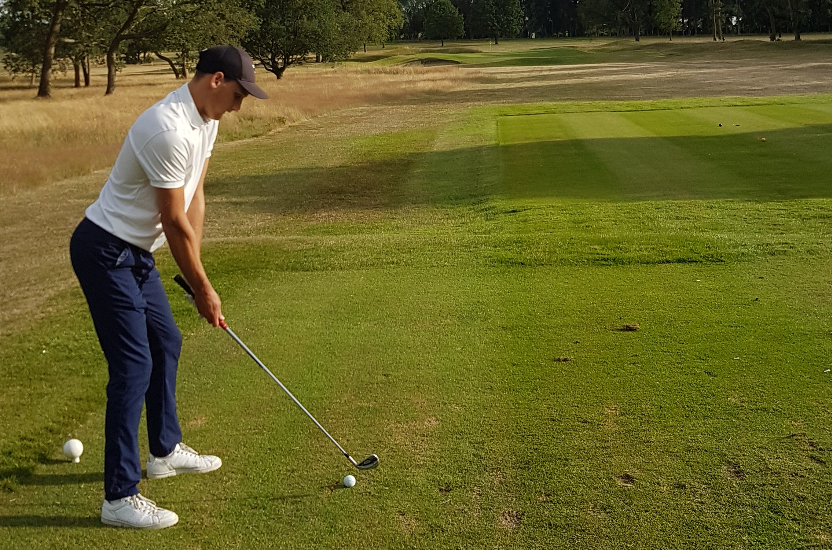 Golf with Deighton du Plooy