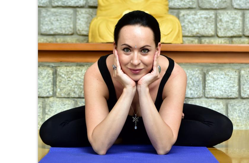 Yoga with Lenka Perextova